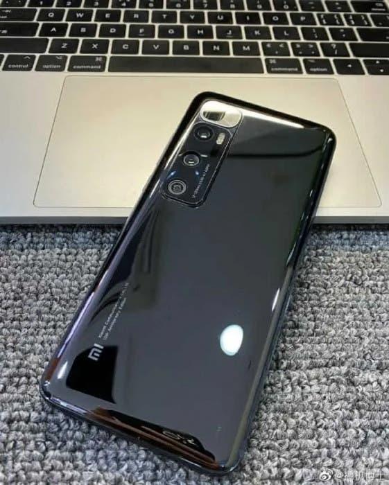 Xiaomi Mi 10S live photo